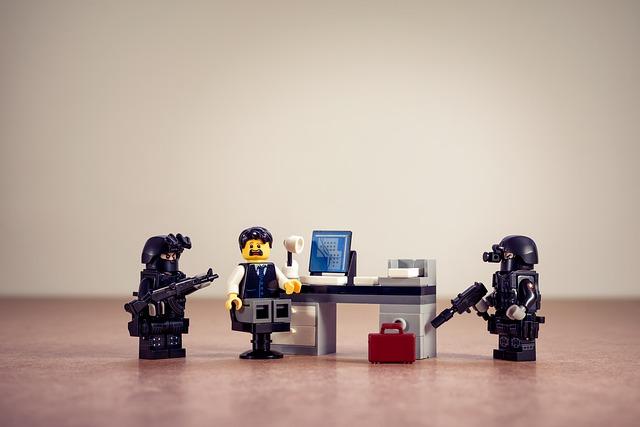 違法ではないことが証明される!!オンラインカジノ逮捕者が不起訴となる。