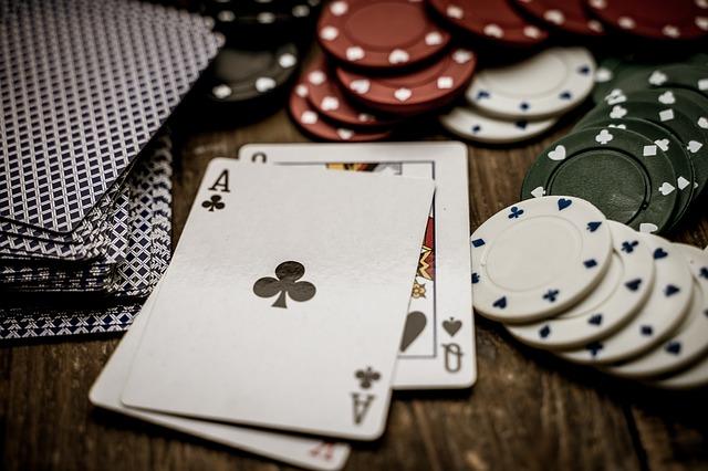 ブラックジャックの遊び方・ルール完全ガイド