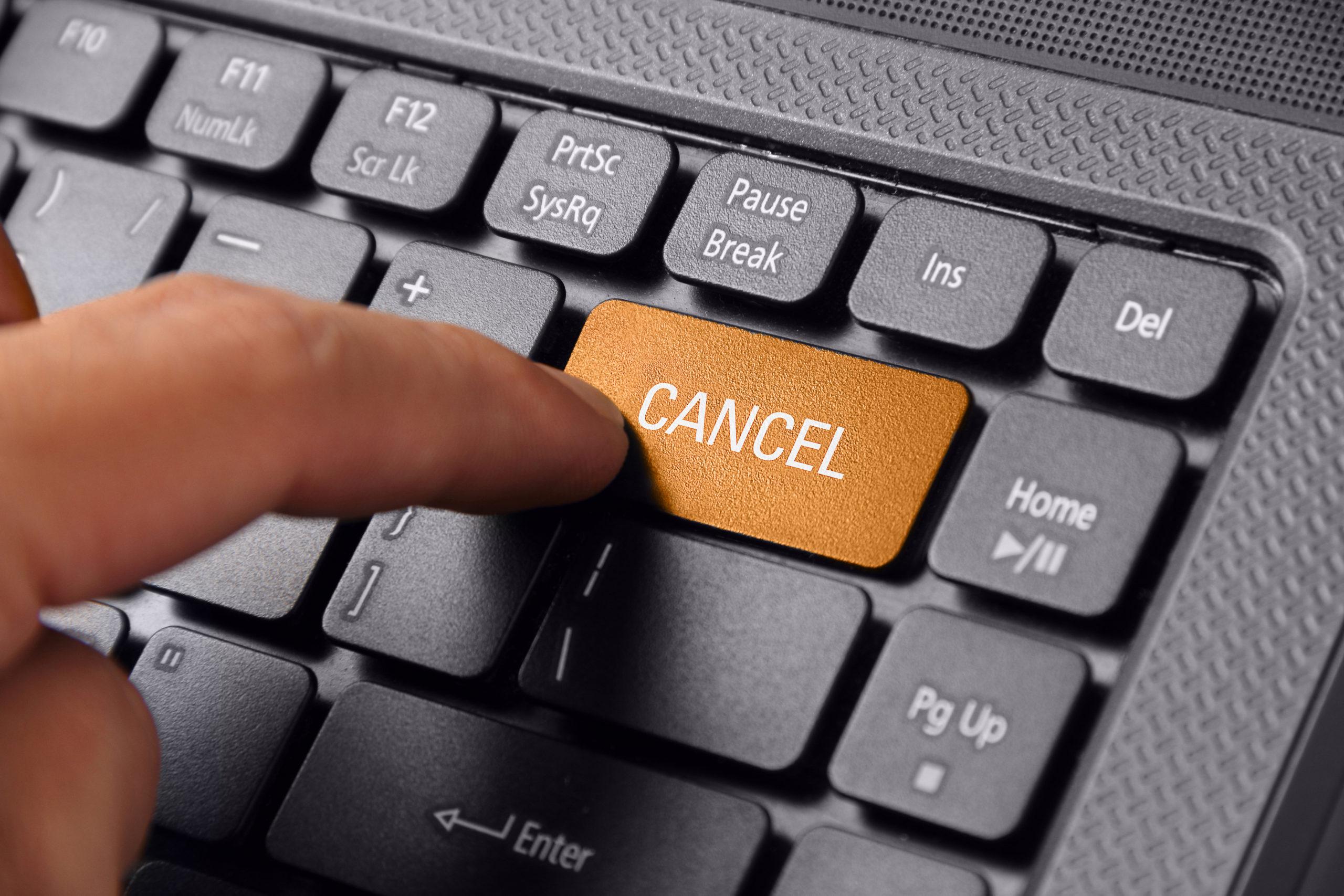 キャンセルボタンをクリック
